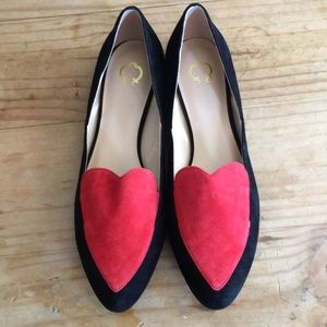 EUC C. Wonder Suede Heart Loafers: Claire